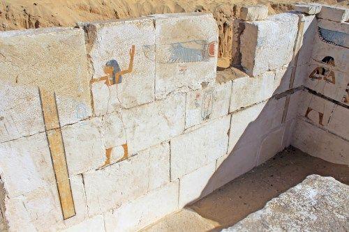 decoracion tumba senebkay