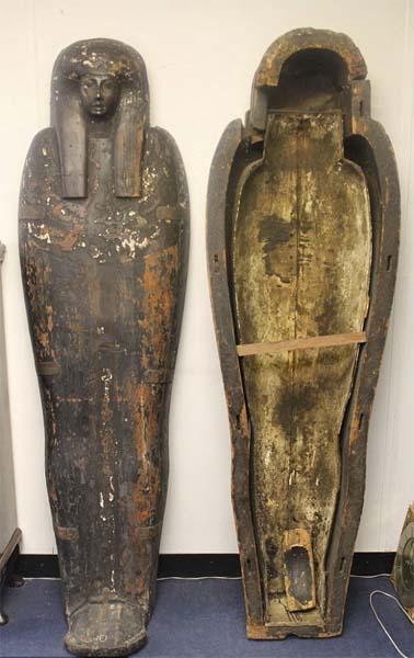Sarcófago egipcio de 3.000 años encontrado en Essex, Inglaterra. Crédito: Reeman Dansie Auction