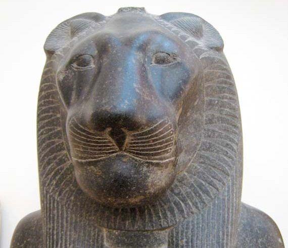 Dos estatuas de la diosa Sekhmet han sido encontradas en Egipto.