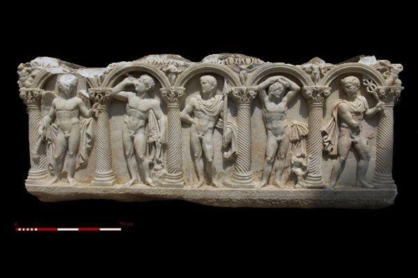 Estos increíbles relieves fueron hallados en un sarcófago romano.
