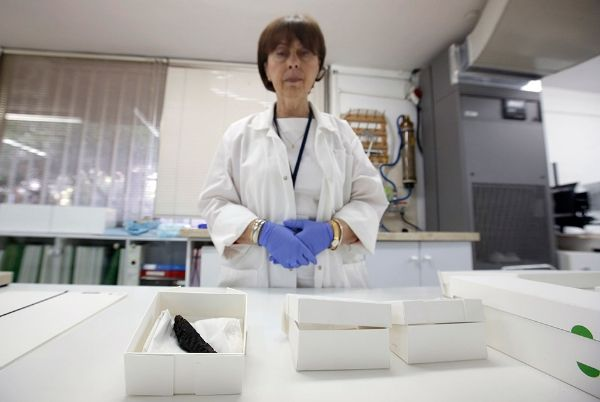Lena Liebman, en el laboratorio de la Autoridad de Antigüedades Israelí