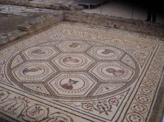 mosaico del planetario italica