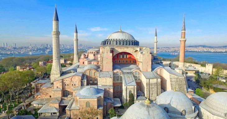 Los tribunales turcos rechazan la conversión de Santa Sofía en una ...