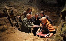 estudio cueva denisova siberia