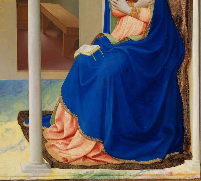 Detalle manto de la Virgen, después de la restauración
