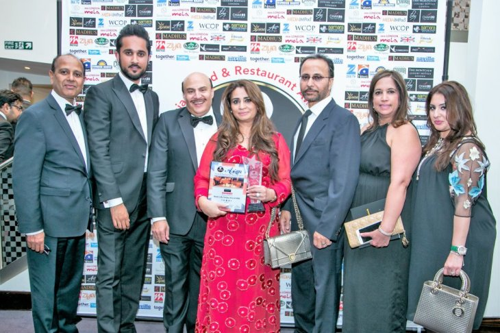 Winner of Catering Of The Year 2017, Madh's Catring. Mr. Sanjay Anand with Family