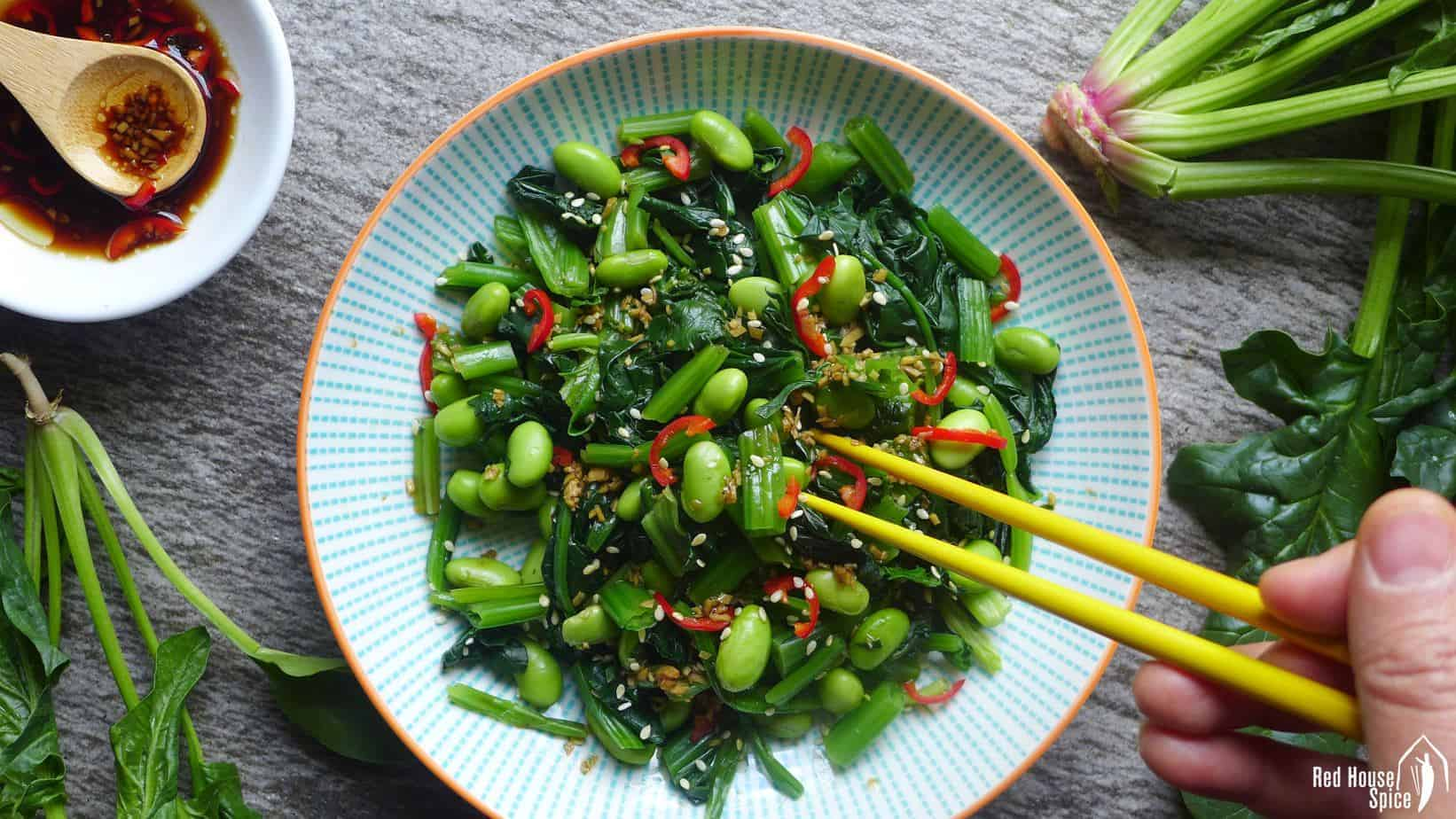 Spinach and soybean salad with ginger dressing (姜汁菠菜毛豆)