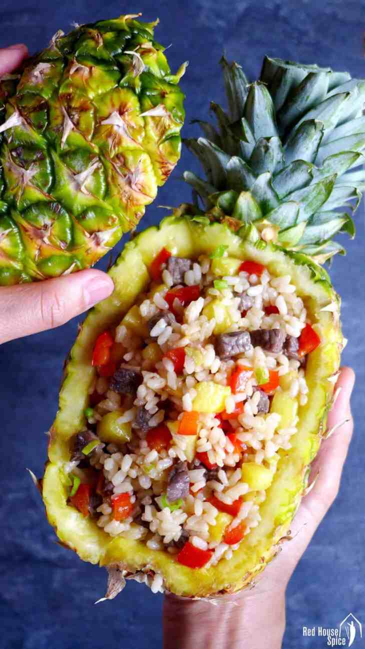 A quick one-bowl meal served in a pineapple shell. Try this easy pineapple fried rice with succulent beef cubes! It has a balanced flavour of sweet and savoury.