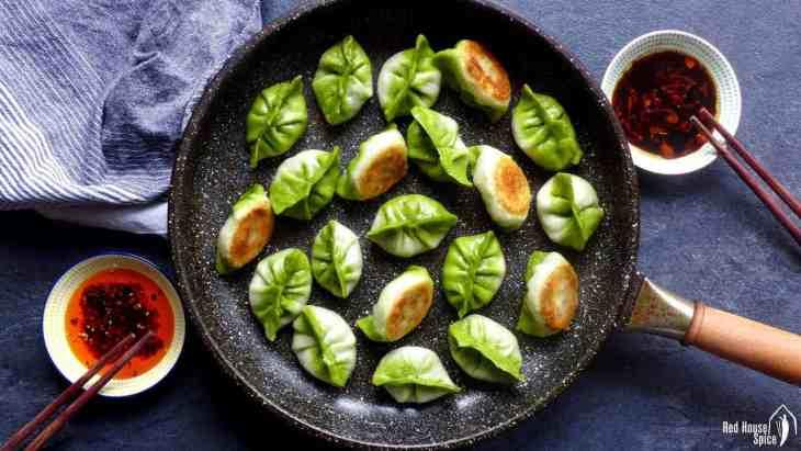 Pan-fried vegetarian dumplings resemble Pak Choi and have a crispy base.