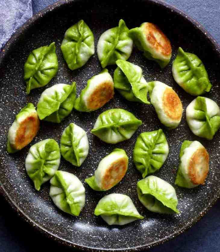 Pan-fried vegetarian dumplings resemble Pak Choi and have a crispy base.