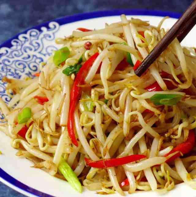 Mung bean sprout stir-fry & homegrown method