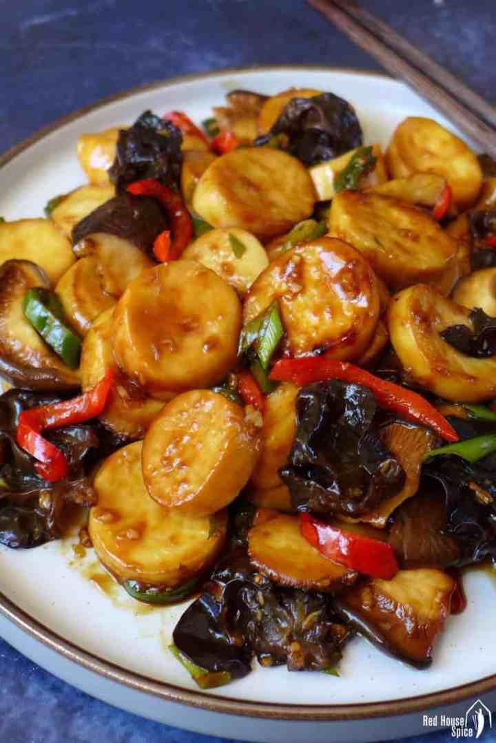 King oyster mushroom stir-fry with garlic sauce
