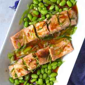 Salmon fillet steamed with scallion oil