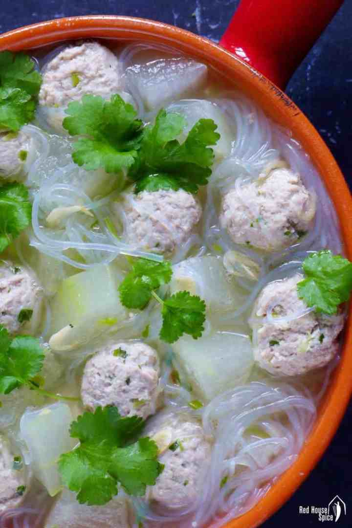 Chinese winter melon soup with pork meatballs and vermicelli glass noodles