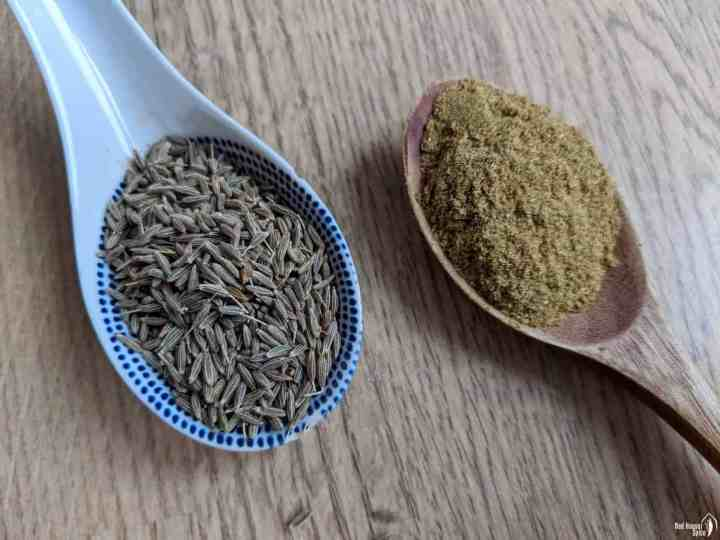 cumin seeds and cumin powder