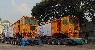 Pengiriman Dua Unit Plasser & Theurer Unimat 08-275/3S Menuju Balai Yasa Mekaik Cirebon | Sumber: Muhammad Fauzi