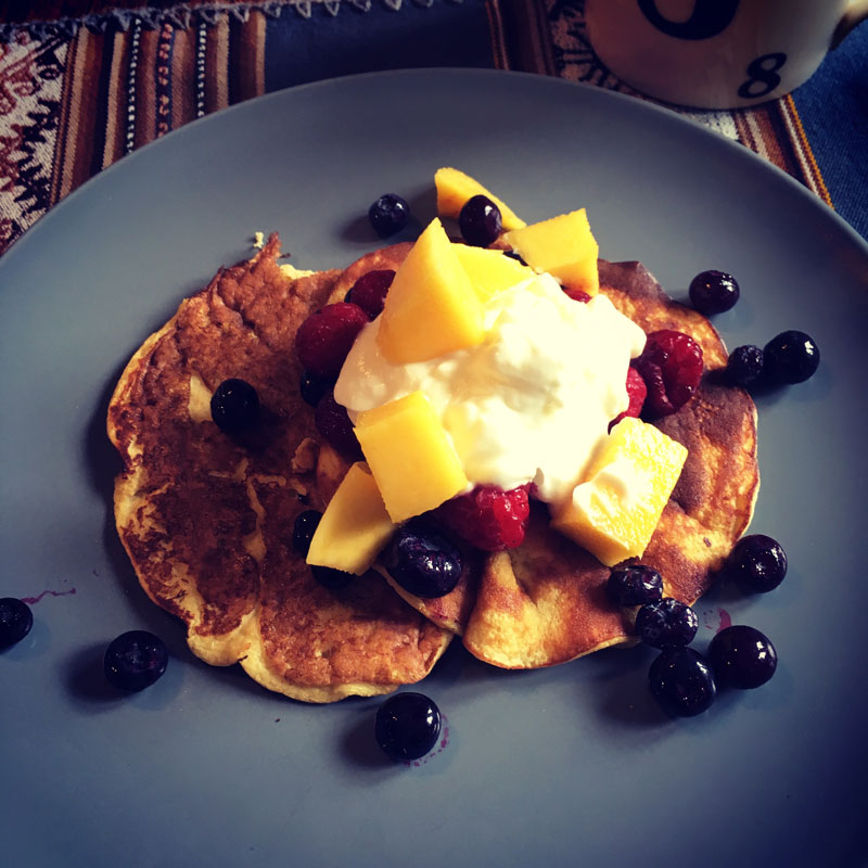 blueberry and mango pancakes
