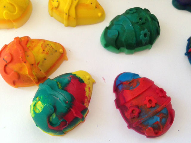 homemade crayons, Easter crayons, chocolate free easter prize, chocolate free easter eggs kids