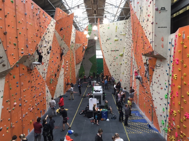 reading climbing centre, climbing with kids, rock climbing reading, indoor climbing reading