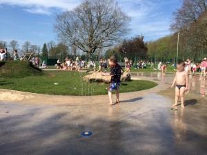they leys witney, playpark, splash park, crazy golf, tennis, witney