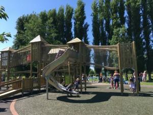 abbey meadows playground abingdon, new playground abingdon, best playgrounds oxfordshire, kids playground abingdon, abbey meadows
