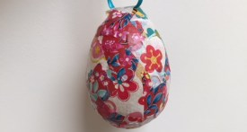 decoupage egg, decoupage easter egg, easy egg decorating ideas for kids