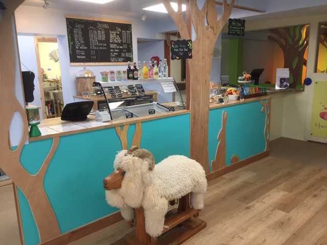 magic beans cafe fairford, child friendly cafe fairford
