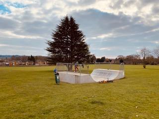 skate park cookham, berkshire skate park