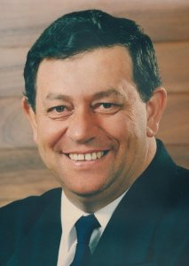Eddie Santagiuliana Redlands Mayor 1994-2001