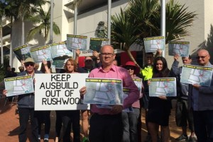 Daniel Kohler with other residents protewsting outside the Redland City Council chambers (photo by Judith Kerr,  Redland City Bulletin)
