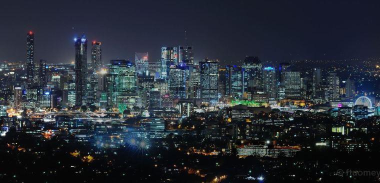 Brisbane skyline by Fergus Tuomey