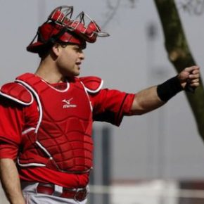 Devin Mesoraco may not be ready by the spring