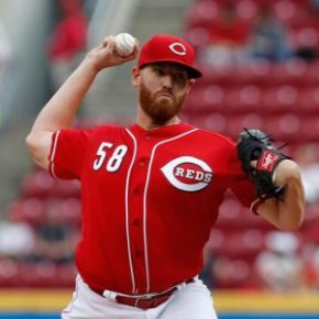 Report: Reds in trade talks with Marlins over Dan Straily [Update]
