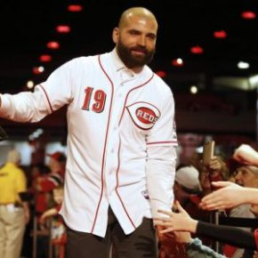 Joey Votto narrowly misses his second MVP award; finishes second in voting