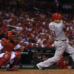 Reds lose Steve Selsky to waiver claim