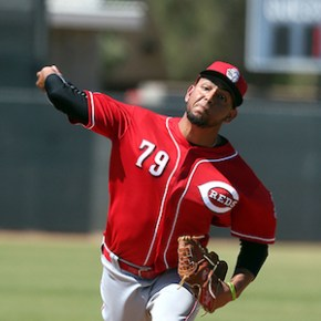 Reds call up Ariel Hernandez and Zach Vincej