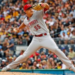 Reds winning streak reaches 3 behind youngsters Stephenson & Winker