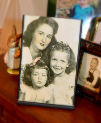 My great-grandmother with her two daughters, Marilyn (the oldest) and Judy.