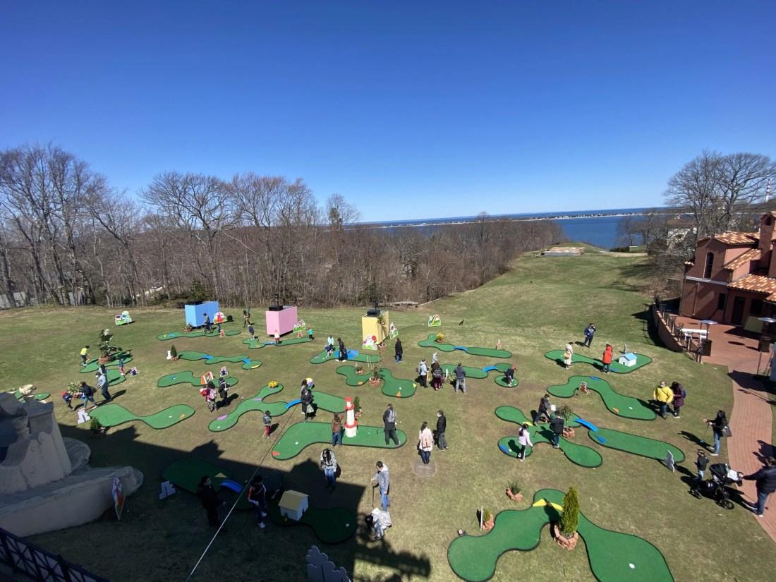 mini golf at the vanderbilt
