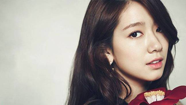 park-shin-hye-reveals-that-she-had-the-best-chemistry-with-hallyu-actors-lee-min-ho-and-jang-geun-suk.jpg