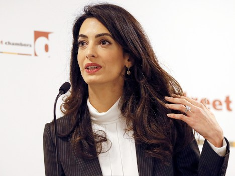 amal-clooney-ring