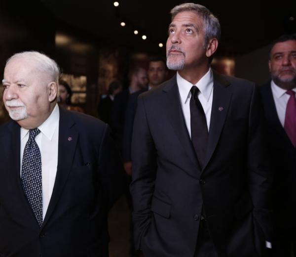 Clooney & Gregorian