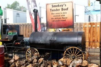 barbecue smokers, dutch oven, outdoor cooking redneck style, bbq smoker