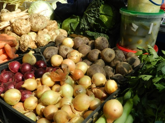 317-food-tour-market