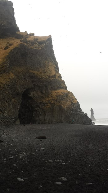 121-reynisfjara-shore-black-sand-beach