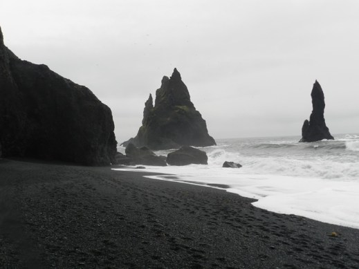 143-reynisfjara-shore-black-sand-beach