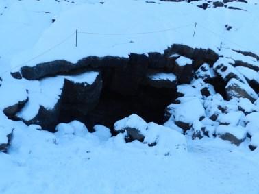 292-grjotagja-cave