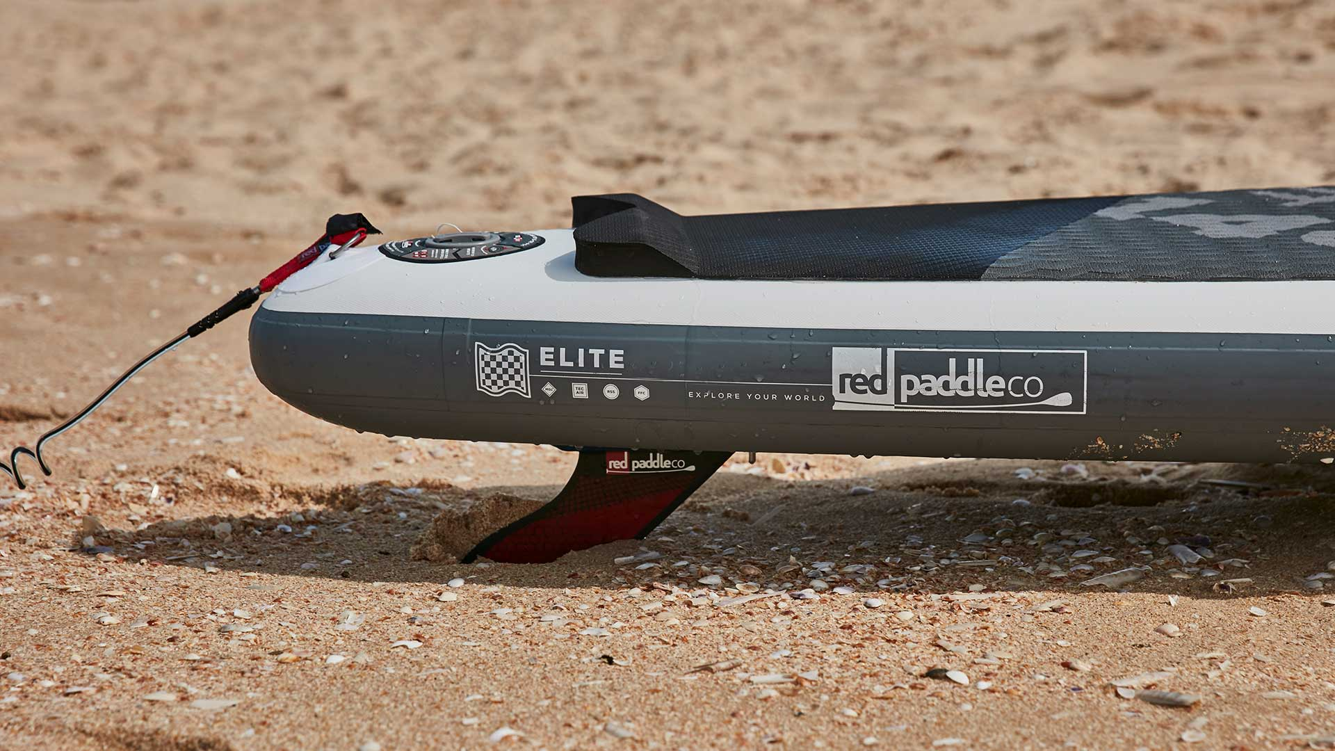 redpaddleco-126-x-26-elite-inflatable-paddle-board-desktop-gallery-fins