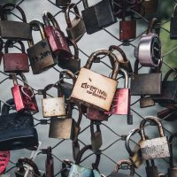 What about those love locks?  An invitation to explore the messiness of open education