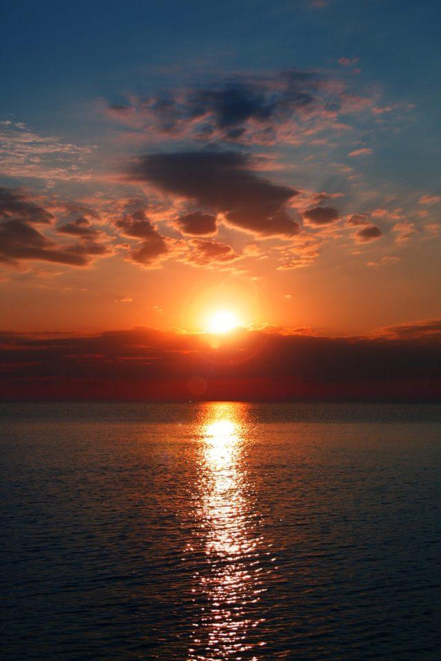 Από το σούρουπο ως την αυγή